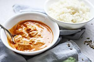 A delightful, mild curry chicken dish enriched with cream and butter.