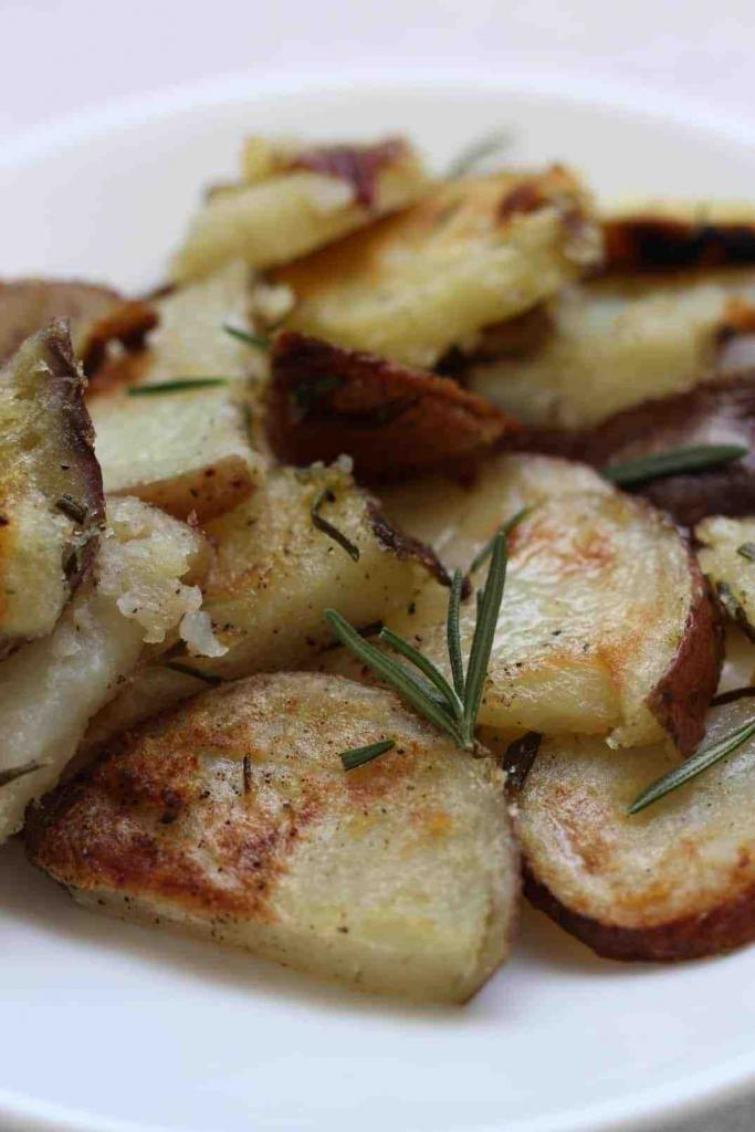 Easy, simple, delicious roasted potato recipe with rosemary and smoked paprika.
