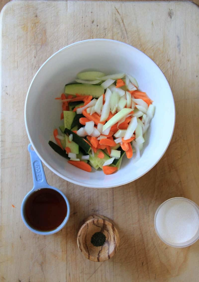 Quick & Easy Refrigerator Pickle Recipe with cucumber and carrot