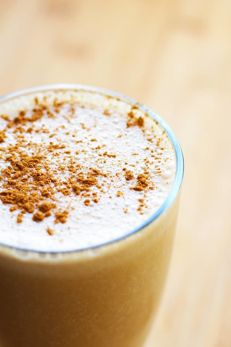 A glass of coffee smoothie