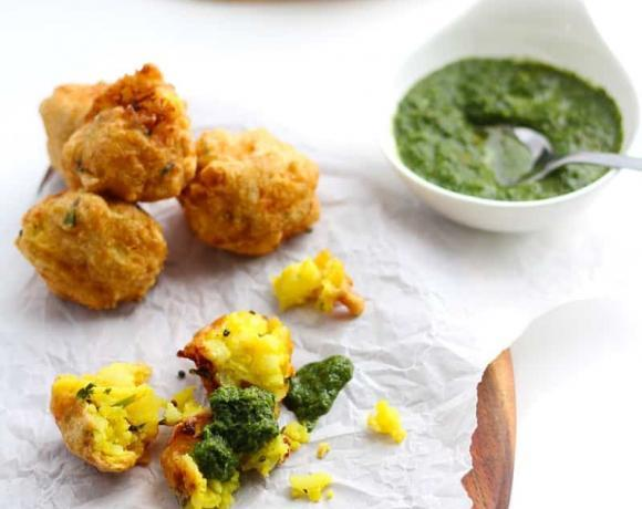 Batata Vada | Indian Dumplings for Beginners