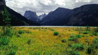 Backpacking the Wind River Range at Green River Lakes Trailhead