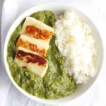 Spinach Curry with Paneer, also known as Palak Paneer, is a super healthy dish from Northern India packed with spinach and Indian spices. Paneer cheese is fried and added to this super easy Indian curry. This dish is spicy but not hot. | FusionCraftiness.com | Curry | Palak | Paneer | Indian food