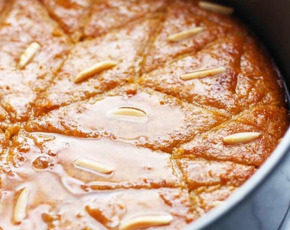 Turkish Revani | Semolina Cake in Lemon Syrup