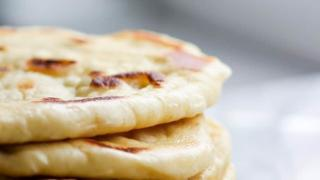 Easy Butter Naan Recipe | An Indian Flatbread
